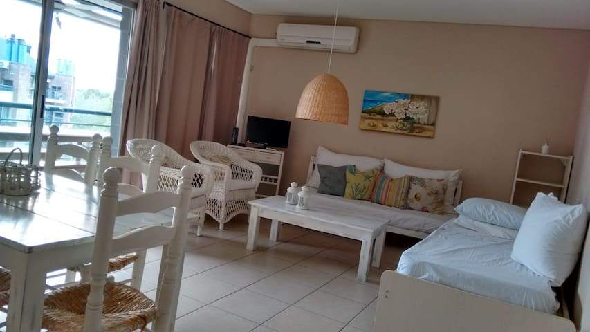 DEPTO EN NORDELTA - Portezuelo - Rincón de Milberg - Apartment
