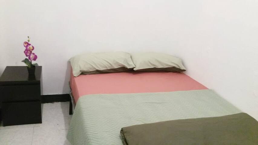 PRIVATE ROOM Centro Madrid Tirso-Sol