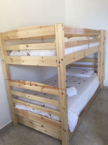 Room#1 Bunkbed (+king size bed)