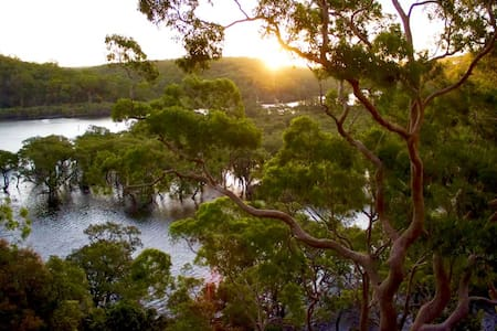 Rejuvenating escape in tranquillity - Grays Point