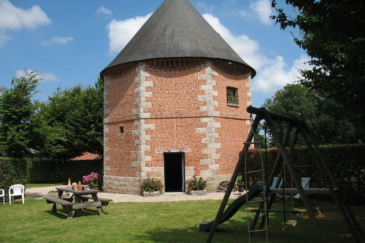 18th-century renovated dovecote turned into comfortable holiday home
