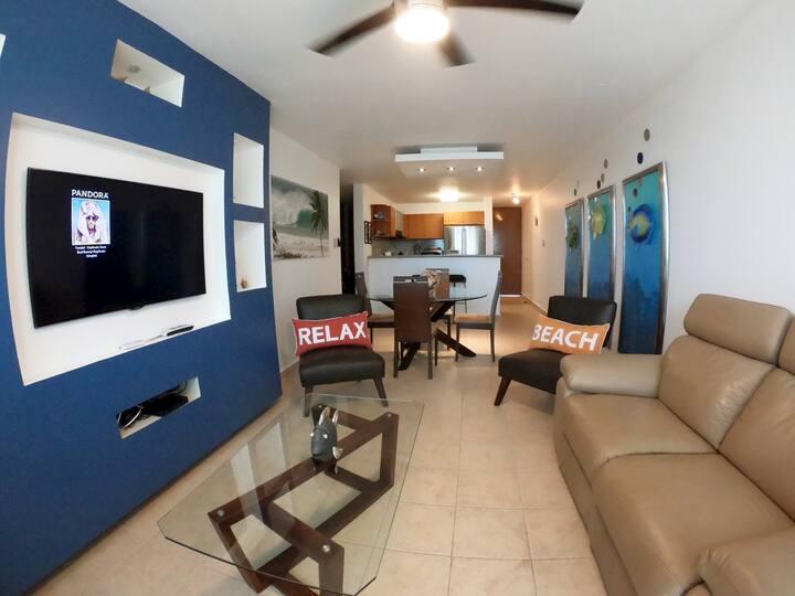 BAHIA DEL MAR, Beach Apartment at Rincon, PR
