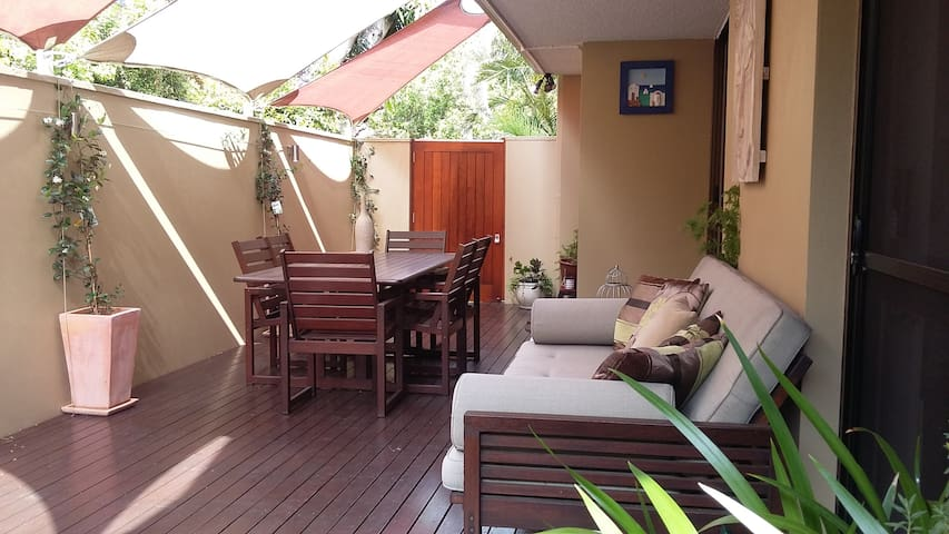 Whole Townhouse betw Brisbane Airport & the City!
