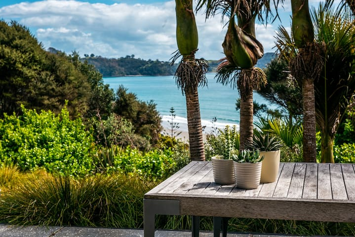 TITIRO RETREAT WAIHEKE- Number 11 | Be My Guest