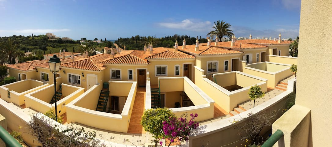 Vila Castelo Tradicional - Two Bedroom Townhouse - Ferragudo - Haus
