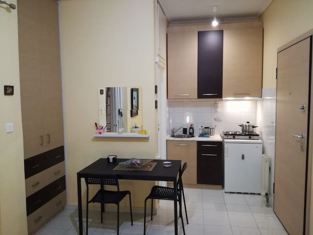 Apartment studio near Marousi station Athens - Marousi - Apartamento