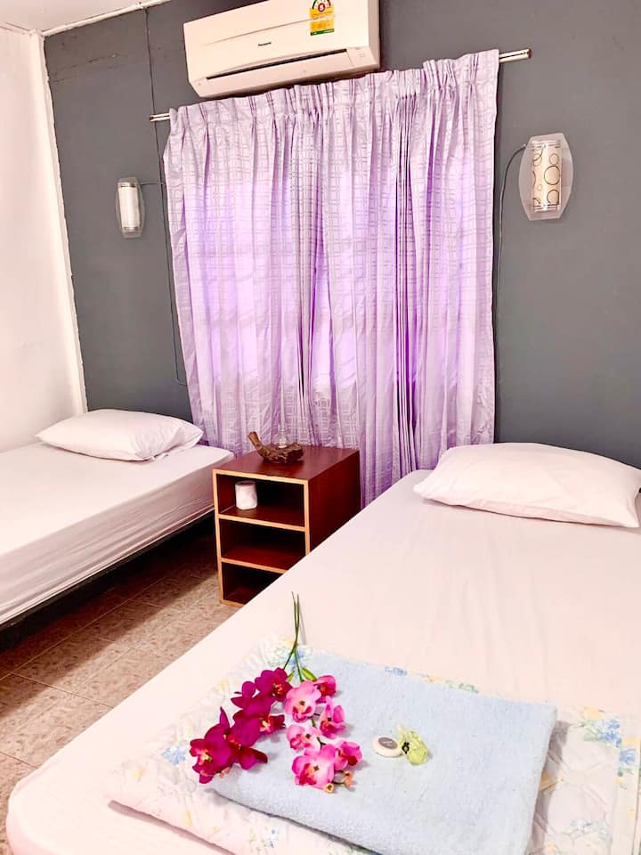cozy aircon twin room (you will get random color)