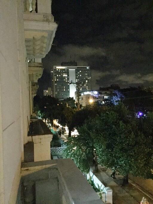Vistas del Hotel Habana Libre desde el balcón de Avenida 23