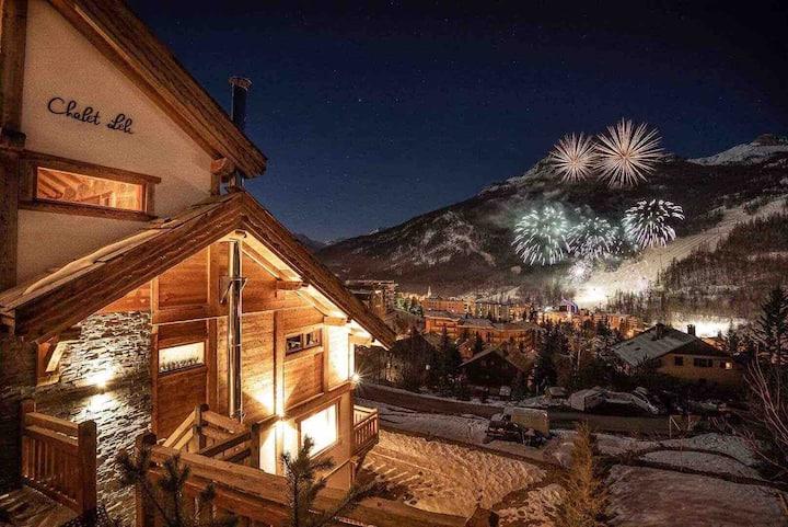 Chalet luxe , terrasse , jacuzzi , sauna extérieur