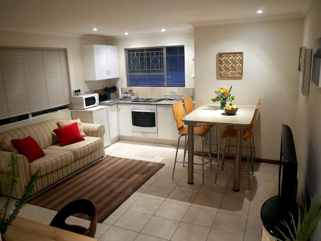 Apartment near Sandton City