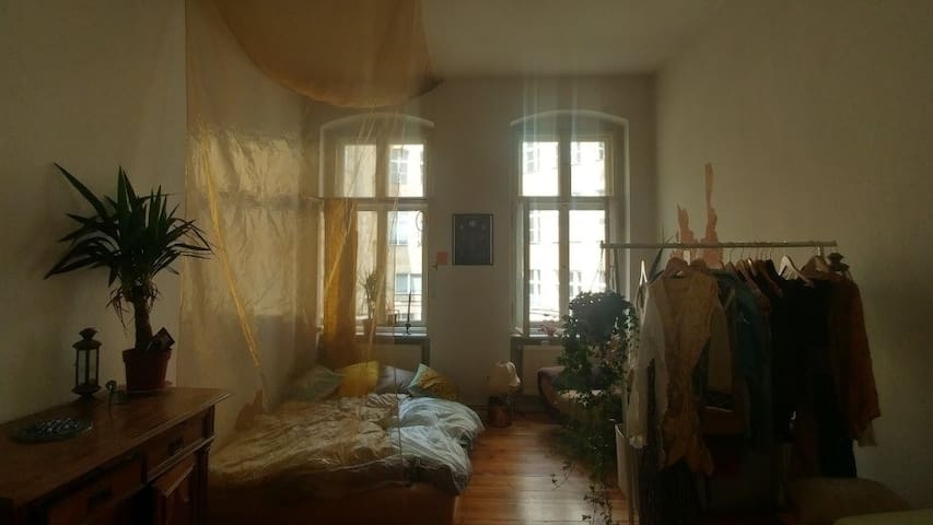 Cozy room in the heart of Kreuzberg