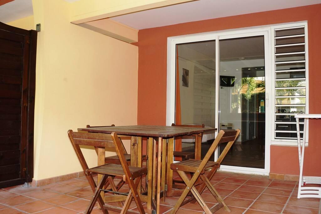Résidence Macabou - Studio climatisé Héliconia pour 3 personnes avec terrasse de 15 m2