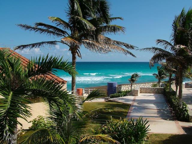 Cozy studio, beautiful view of lagoon - Cancún zona hotelera - Lägenhet