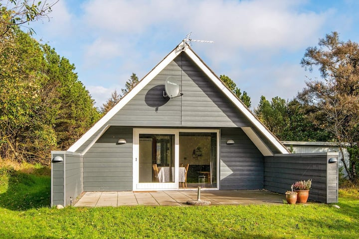 Tranquil Holiday Home in Ringkøbing near Sea