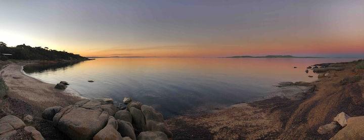 Shelley Beach Villa 2  Sea Views - No cleaning fee