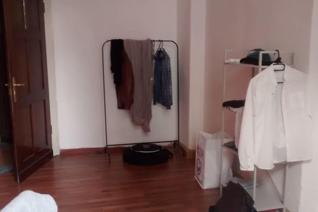 Zu vermietendes Zimmer (Blick vom Fenster aus)