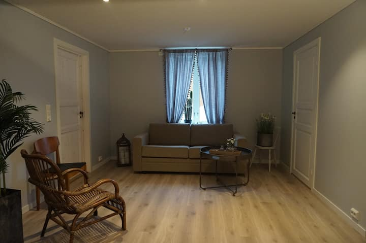Newly renovated apartment by beautiful fjords!