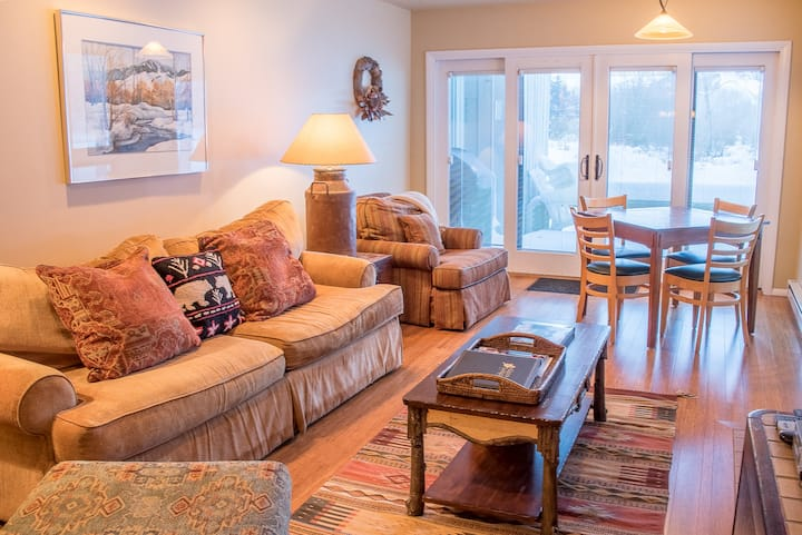 Riverside Condo in West Ketchum w/Shared Pool/Hot Tub. Perfect for Your Family!  | 4 Bedroom, 2.5 Bathroom