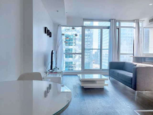 [The Slater/City View] Brand New Modern condo
