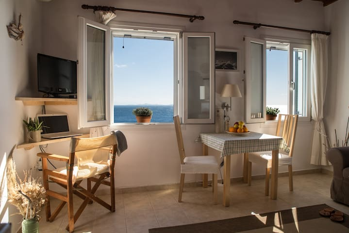 Seafront Villa few steps from shore - Agios Sostis - Wohnung