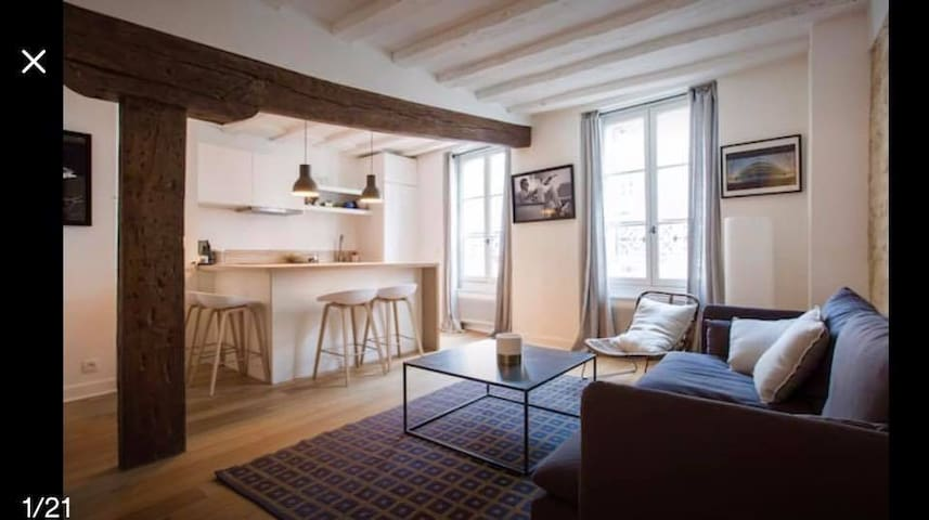 Your cocoon in the Marais