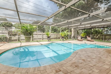 Clearwater Home with Private Pool! - Maison