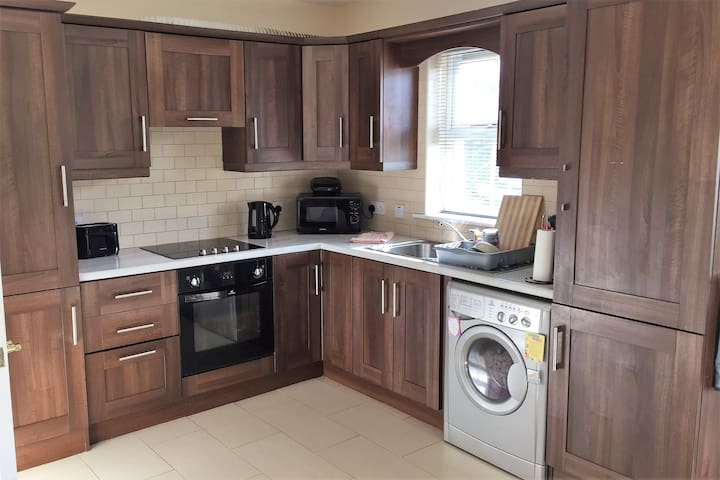 Modern 3 Bedroom House - Donegal Town - Donegal - Casa