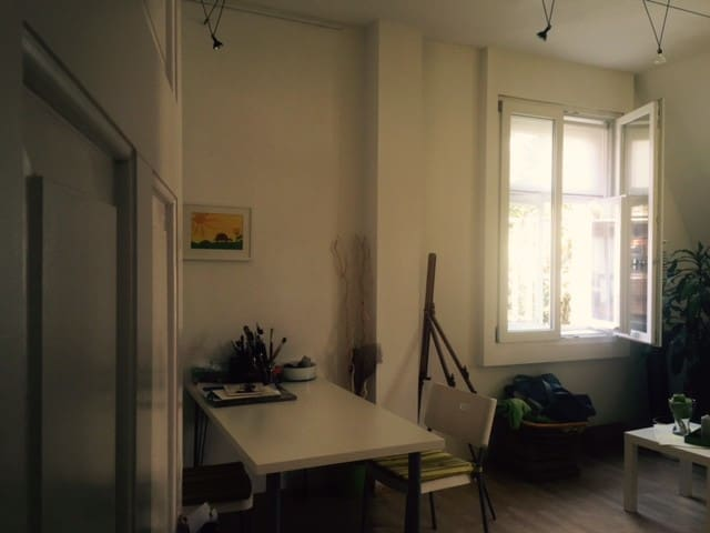 Bright, high and zentral. - Augsburg - Apartment