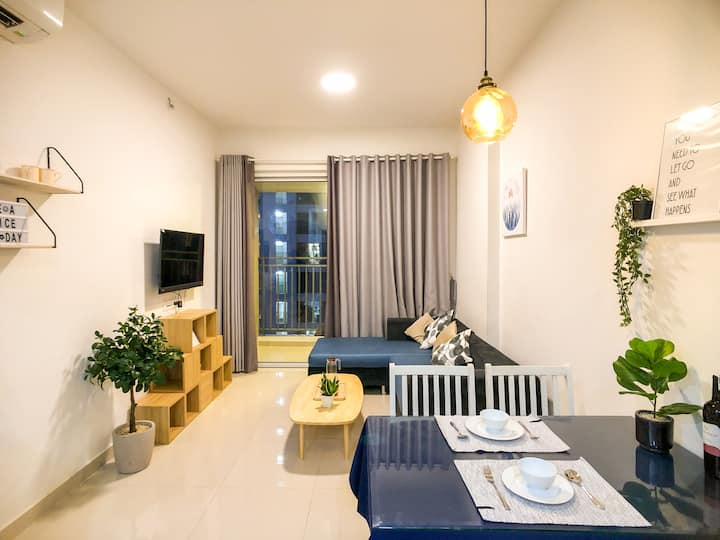 Golden Mansion Apartment Stay  ✈ 1km to Airport ✈