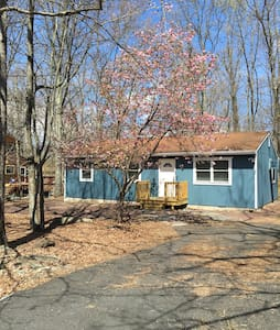 Relaxing & Peaceful home away from home 3 Bedrooms - East Stroudsburg - Maison