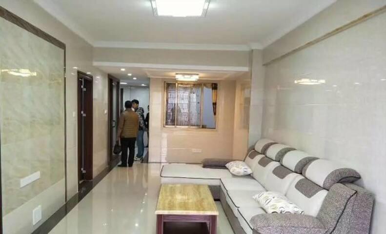 有家有爱好房出租 - Zhuzhou Shi - House