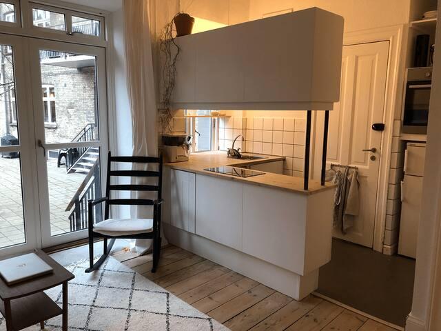 Charmerende 2-værelses på Frederiksbjerg, Aarhus C