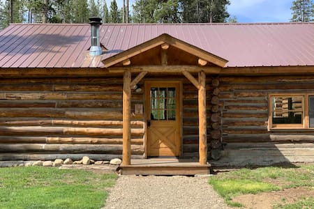Crooked Creek Ranch Cabin #2