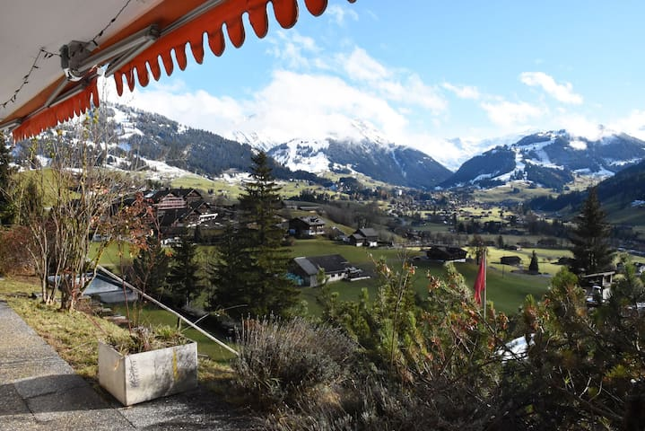 Chalet Pollux - Best view over Gstaad!