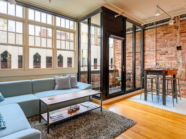 Modern Condo in the Heart of Downtown Asheville