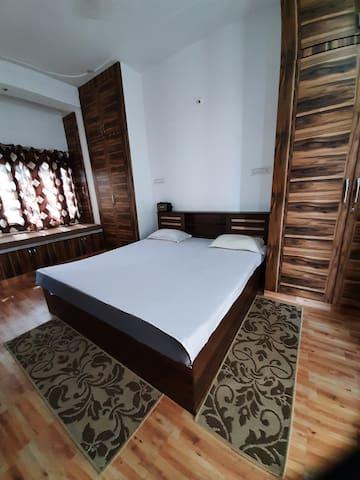 Modern comfortable Bedroom