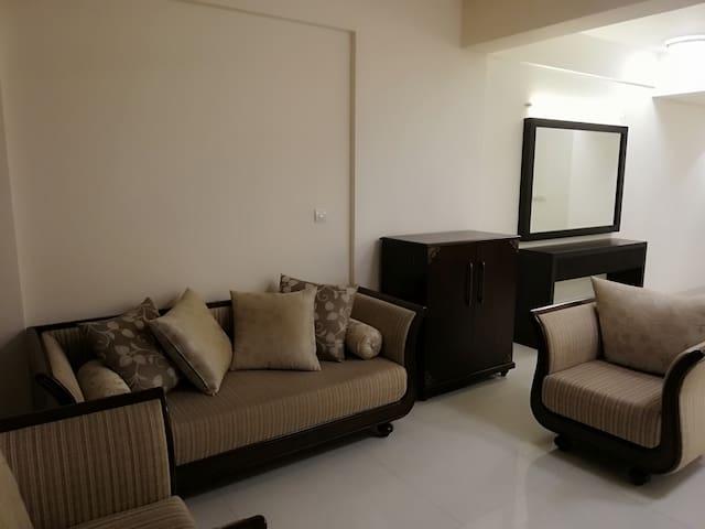 Iconic - Luxury Condo Near Colombo