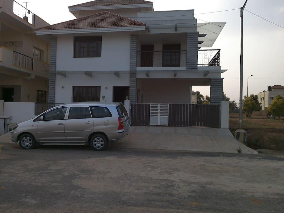 Chandapura Circle Bangalore: Accomodation In A Independent Villa