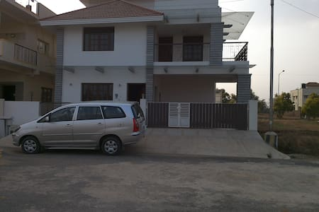 Accomodation in a independent Villa