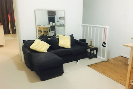 1 Bedroom flat in the heart of Newtown - 纽镇 - 公寓