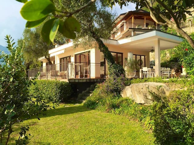 Lake Como Exclusive Retreat