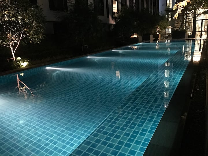 (Low Price ) 24hr checkin near Siam  Shopping mall