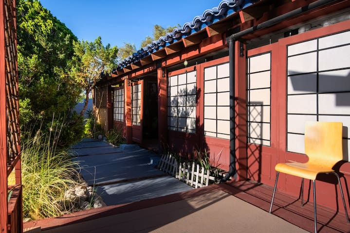 Restful, private stay in the desert - Palm Springs - Bed & Breakfast