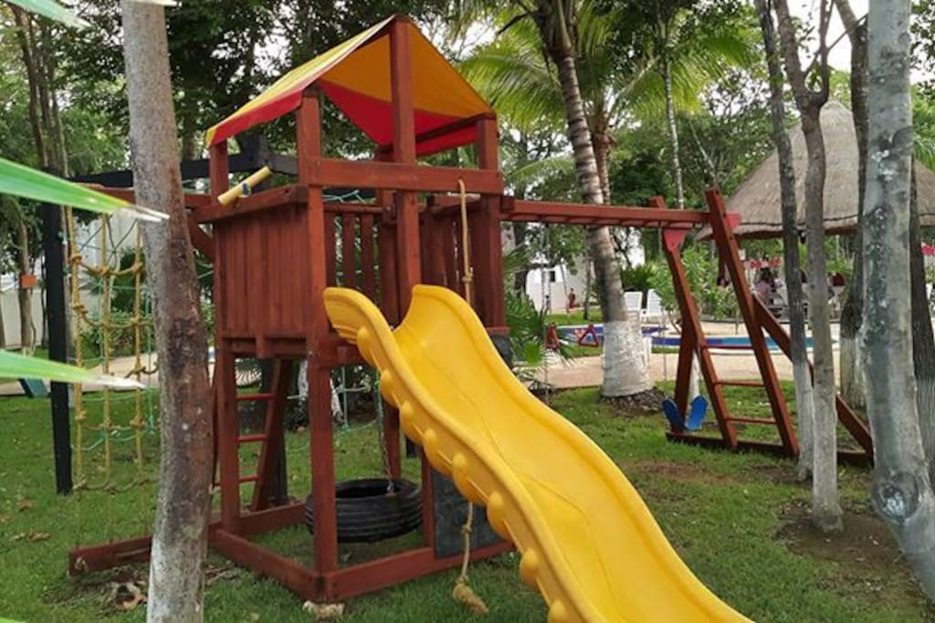 Juegos Infantiles en área común