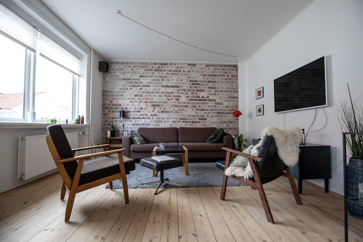 Lyst og luxuriøst værelse i centrum