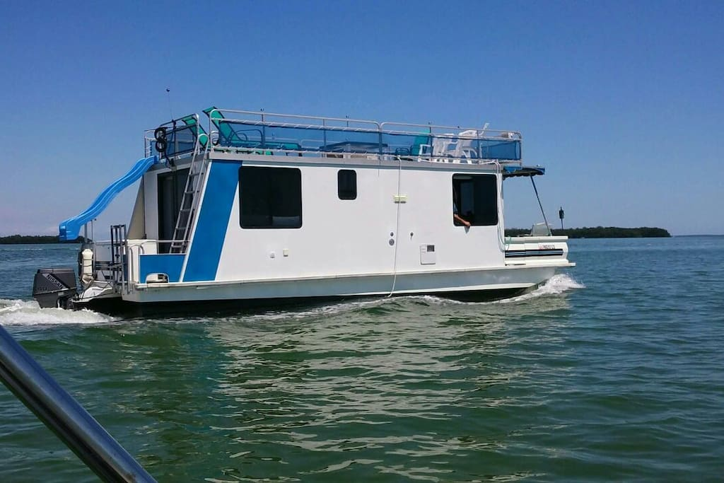 Houseboat in key largo with or without 20ft skiff boats for Houseboats for rent in california