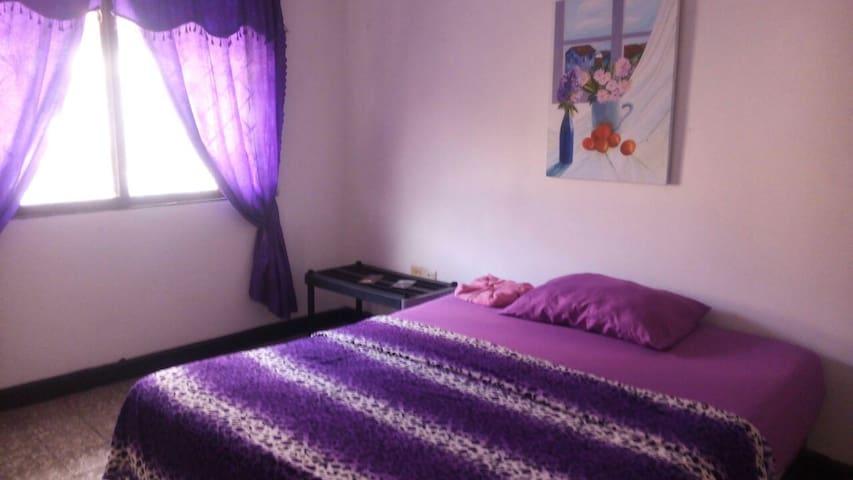 Bedroom in the best zone of Cartagena de indias.