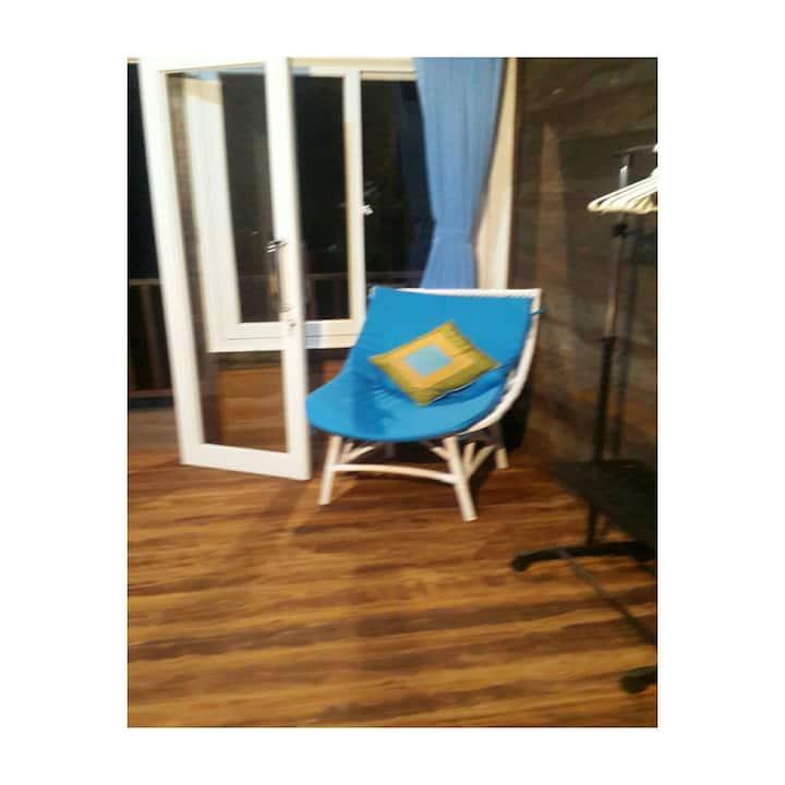 trisna garden wooden room n cozy