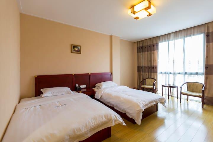 305阳澄湖畔精品酒店---七花园亲子房,您全家出游、品蟹度假首选!