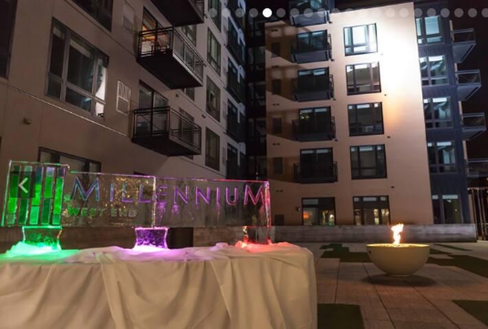 Millennium- 2 Bedroom 2 Bath- Better than a hotel! - Minneapolis - Wohnung